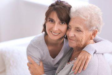עזרה לקשישים בבית מטעם מטפלת סיעודית