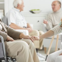 נפילות והשלכותיהם בקרב קשישים